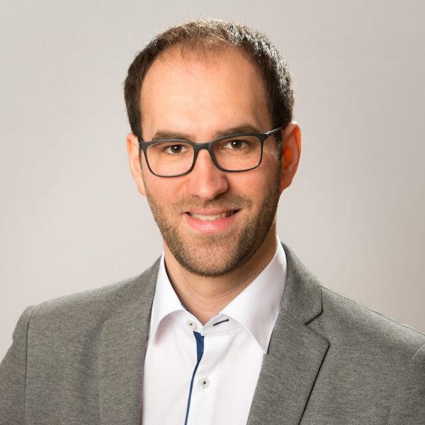 Dr. Michael Halmich